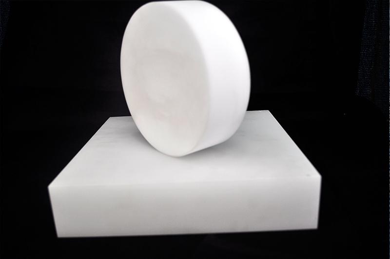 乳白石英分銅